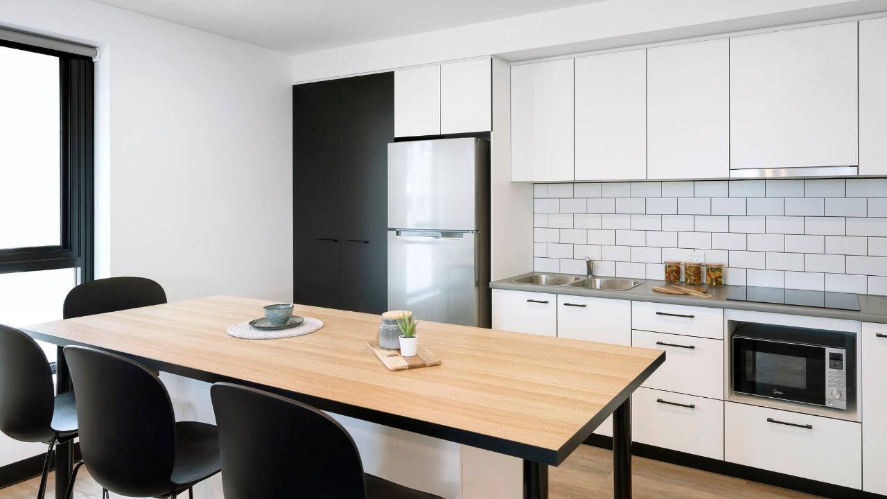 UniLodge City Gardens - 6 Bedroom Apartment - Kitchen