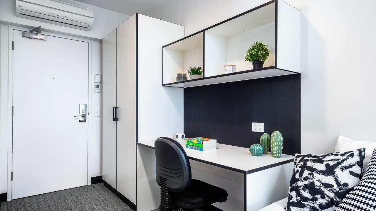 UniLodge City Gardens - 6 Bedroom Apartment - Bedroom