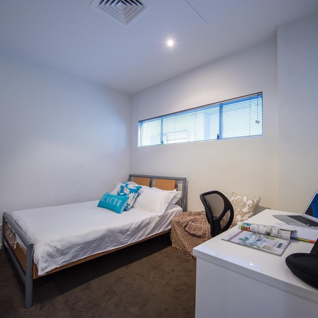 Student Living Bent St - 2 bedroom Apartment