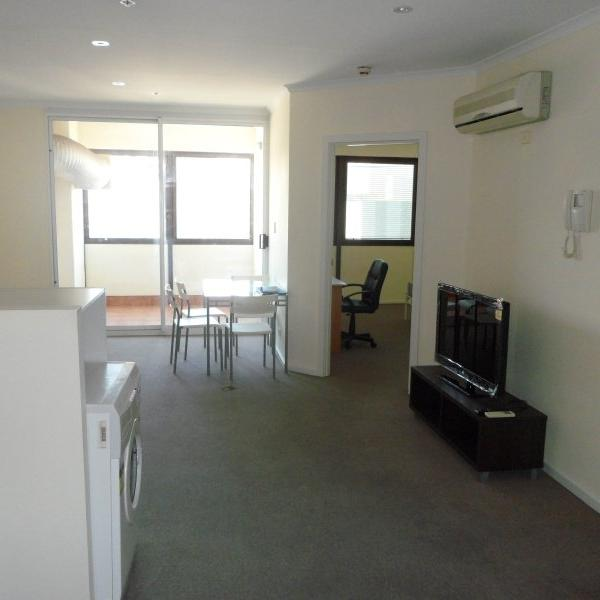 Student Living - Tower Apartment - 2 Bedroom Apartment