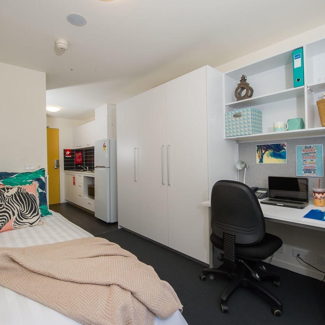 UniLodge Canberra Cooper Lodge Studio Apartment