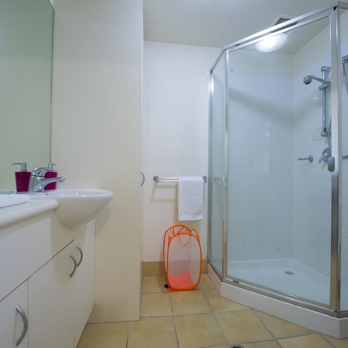 College Square on Lygon - 1 Bedroom Twin Share