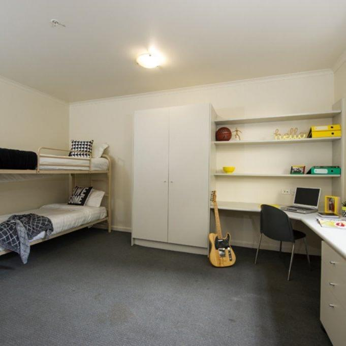 UniLodge on A'Beckett - Residences or Hostel Twin Share