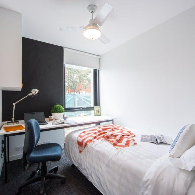 UniLodge @ Victoria University 6 Bedroom Apartment