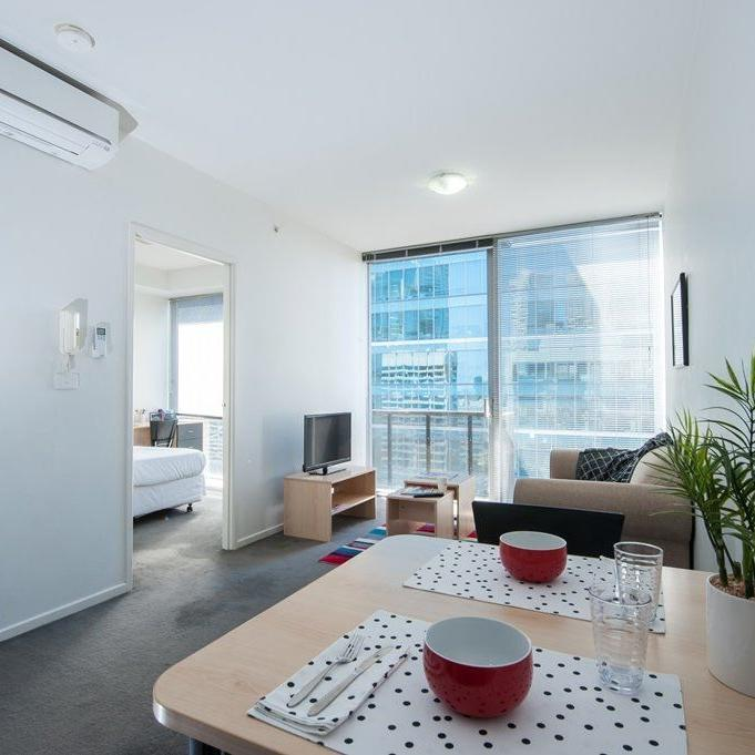UniLodge on Lonsdale 2 Bedroom Apartment Large