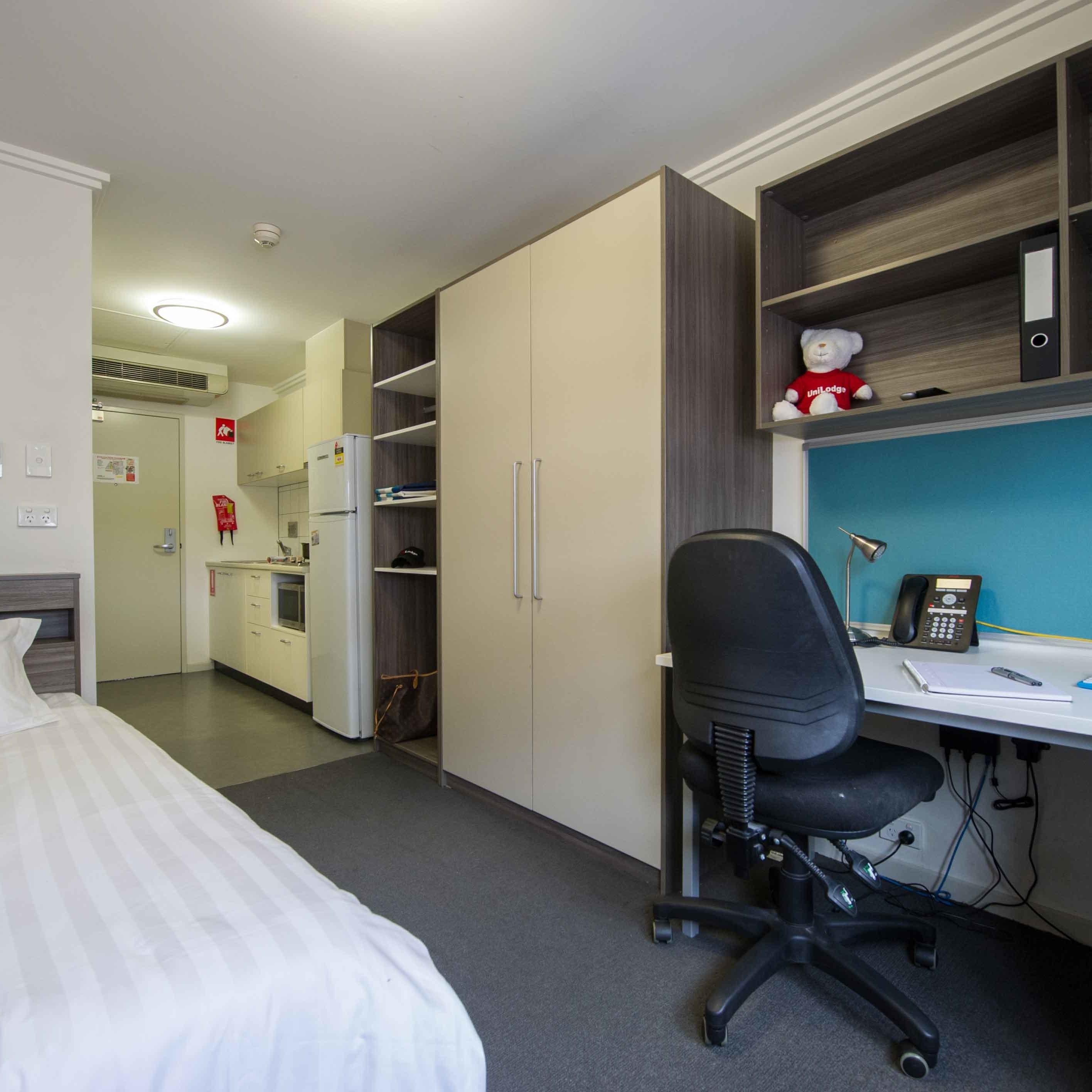 UniLodge @ ANU Warrambul Lodge Studio Apartment