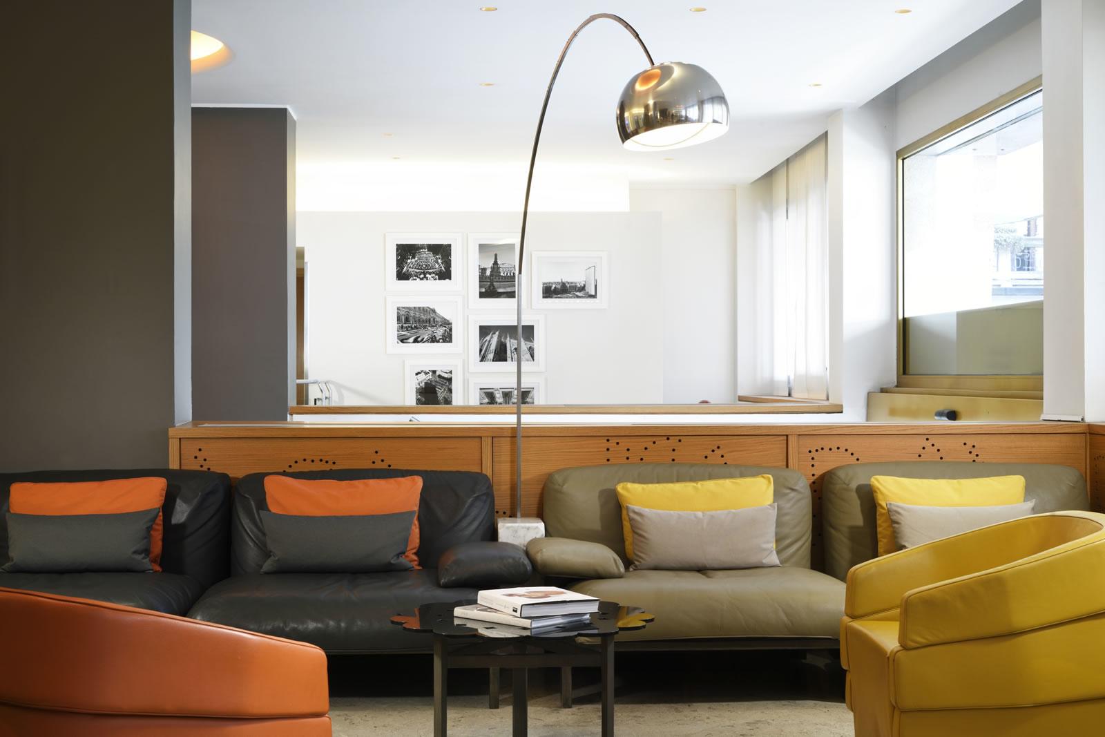 Lobby UNAHOTELS Mediterraneo Milano