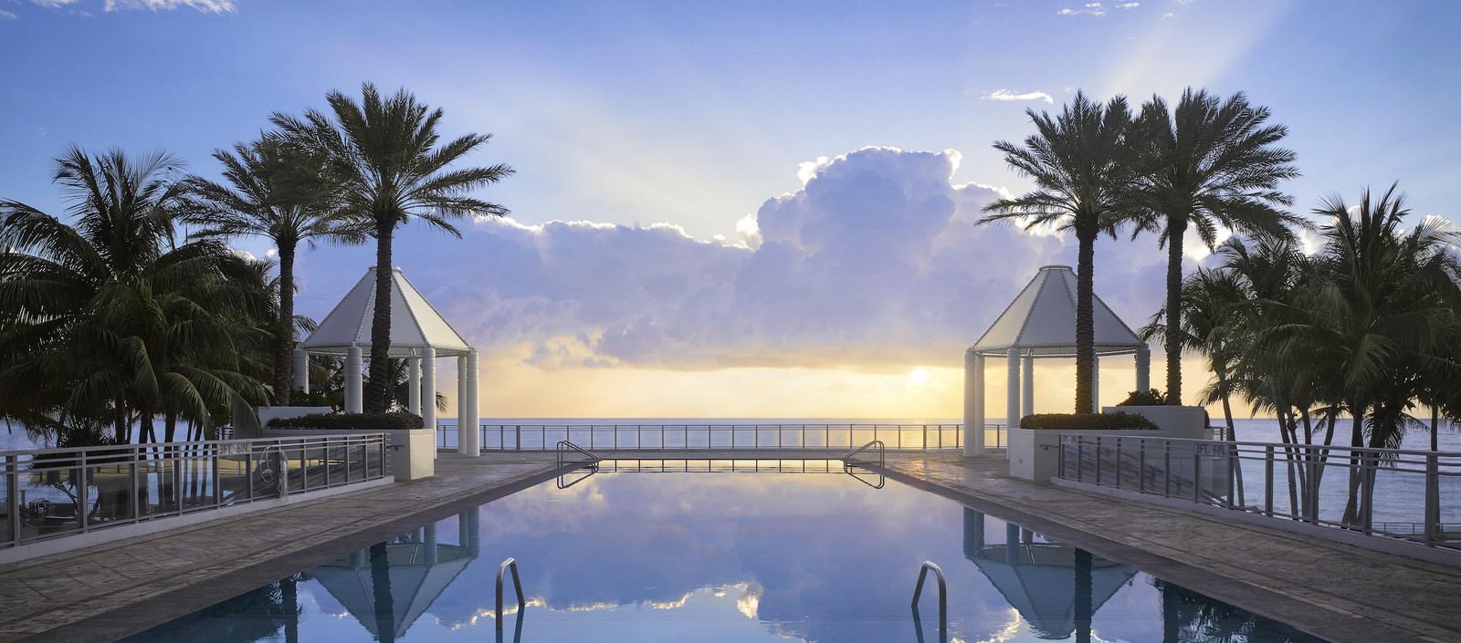 The Diplomat Resort Pool