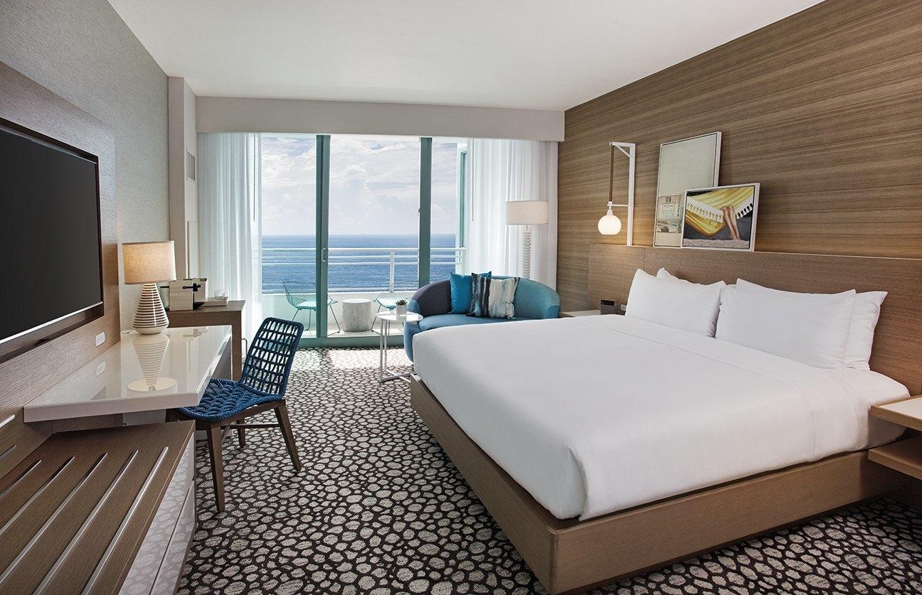 Deluxe King Oceanfront with Balcony