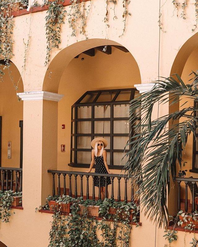 Hotel El Convento balconies