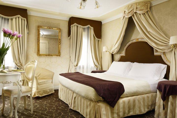 Room Maison Venezia UNA Esperienze