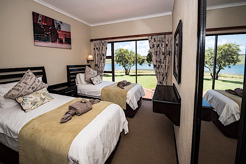 Qwantani Berg And Bush Resort Rooms