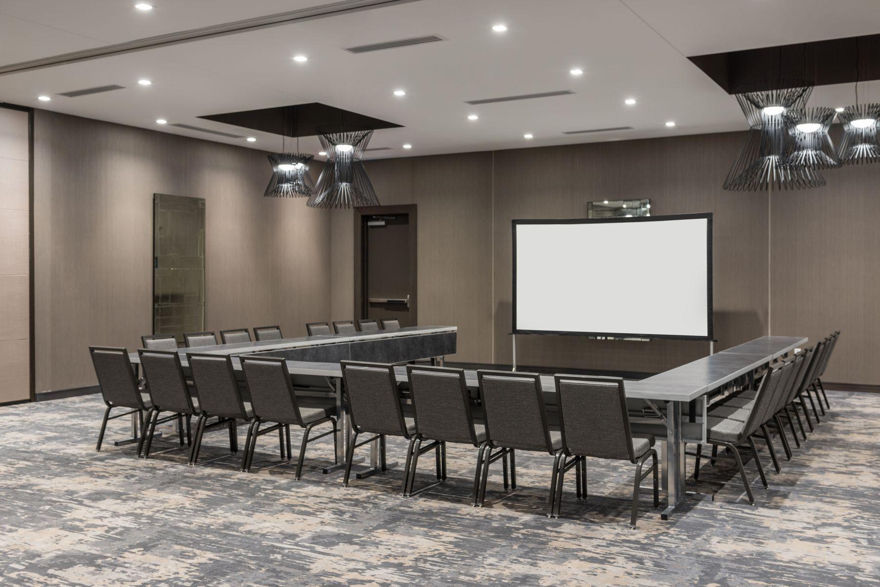 Meeting space set U-shape