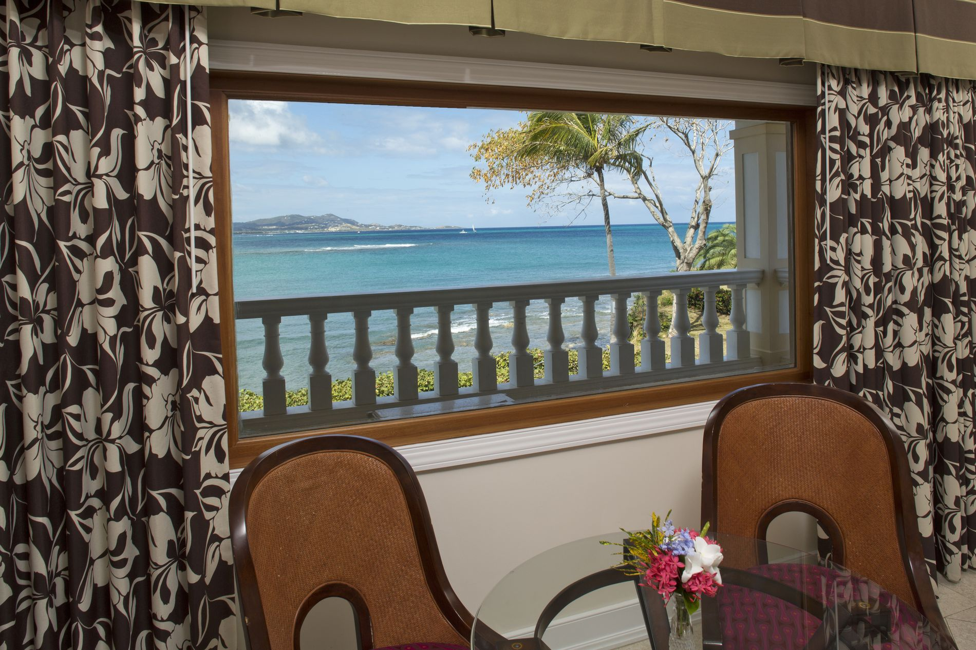 Luxury Beachside Doubloon Window showing Ocean View