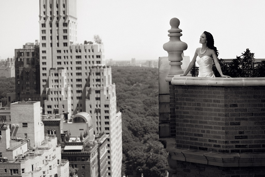 Terrace with bride in New York