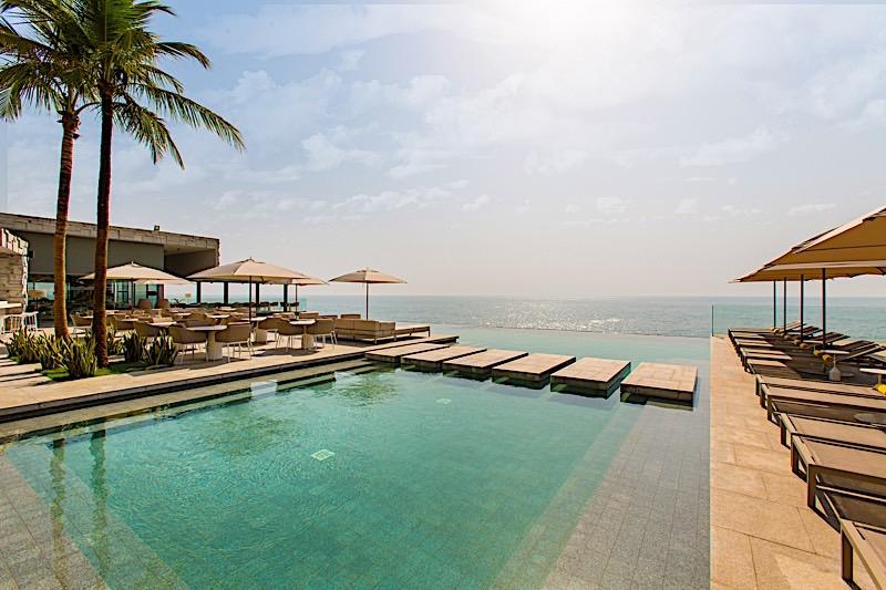 Piscine de Noom Hotel Conakry