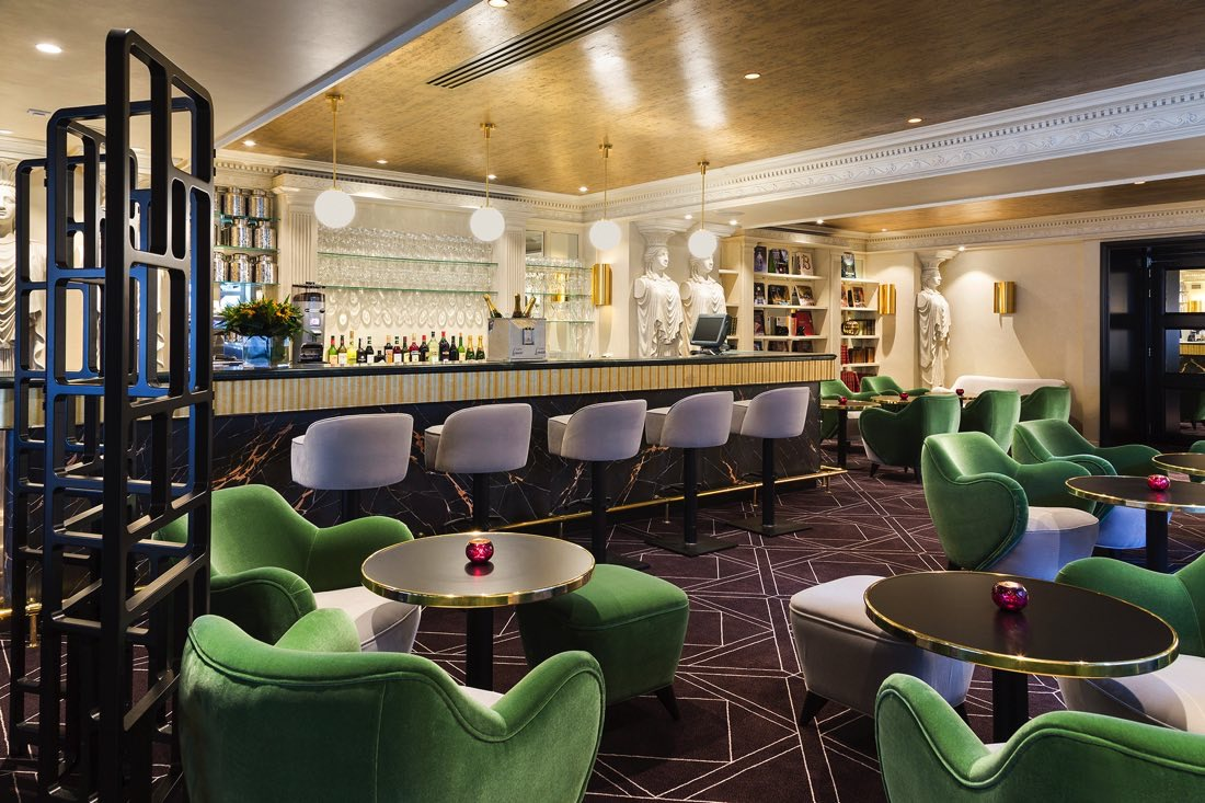 The Avenue Bar  at Hotel Barsey by Warwick