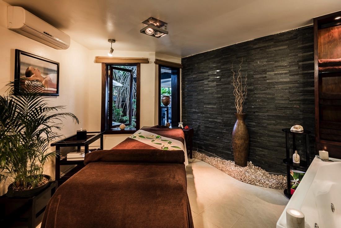 Massage Room at Warwick Fiji
