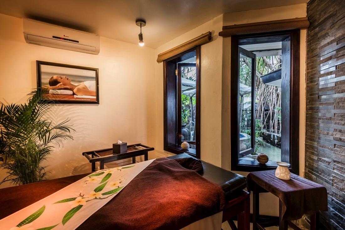 Spa Massage Table at Warwick Fiji