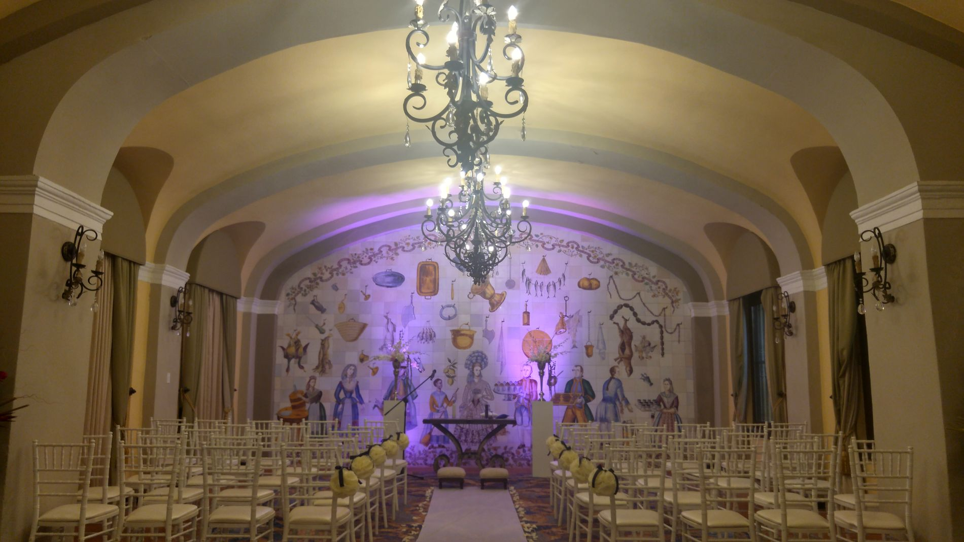 Ceremony in Salon Oller