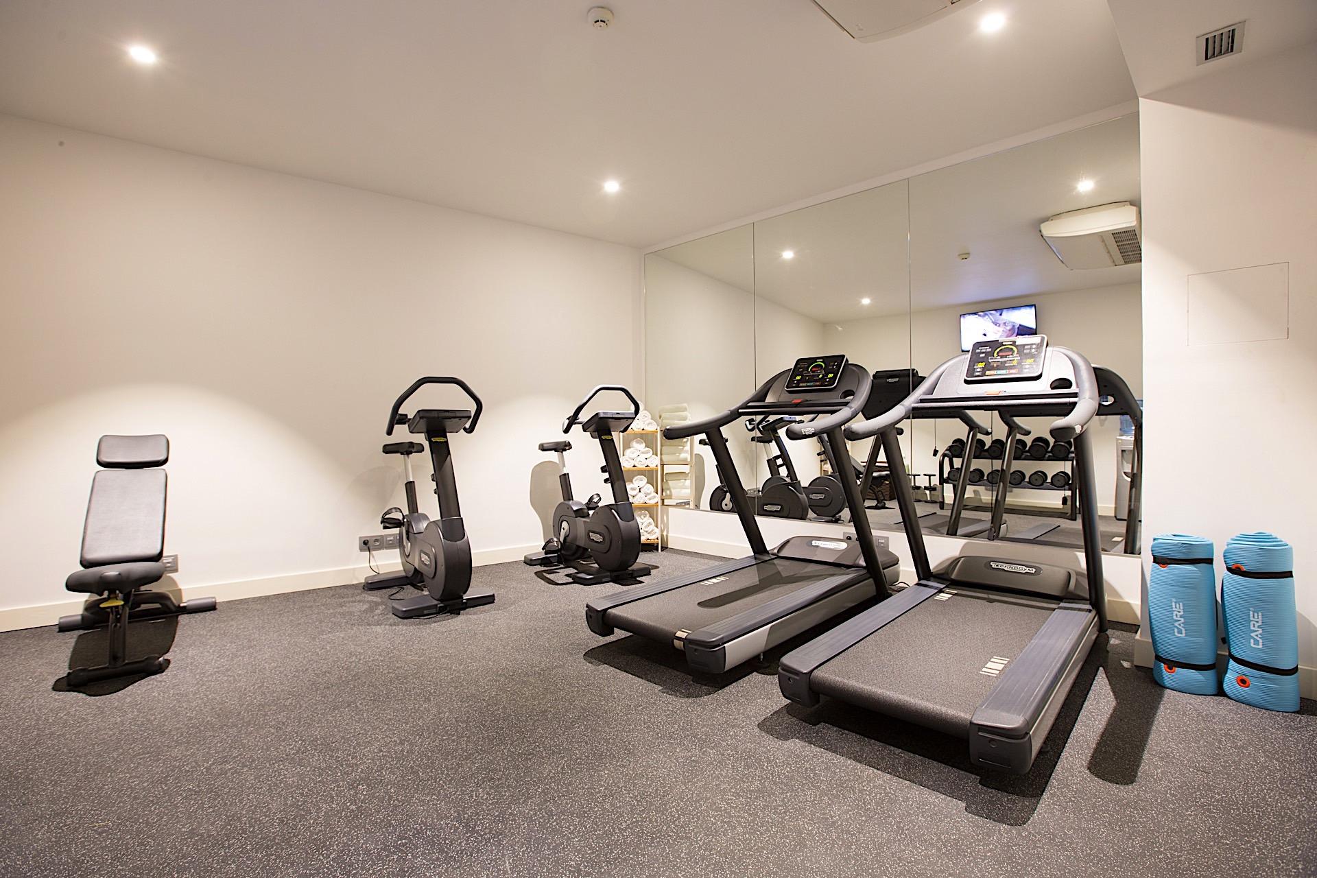Fitness room at Seen Hotel Abidjan Plateau