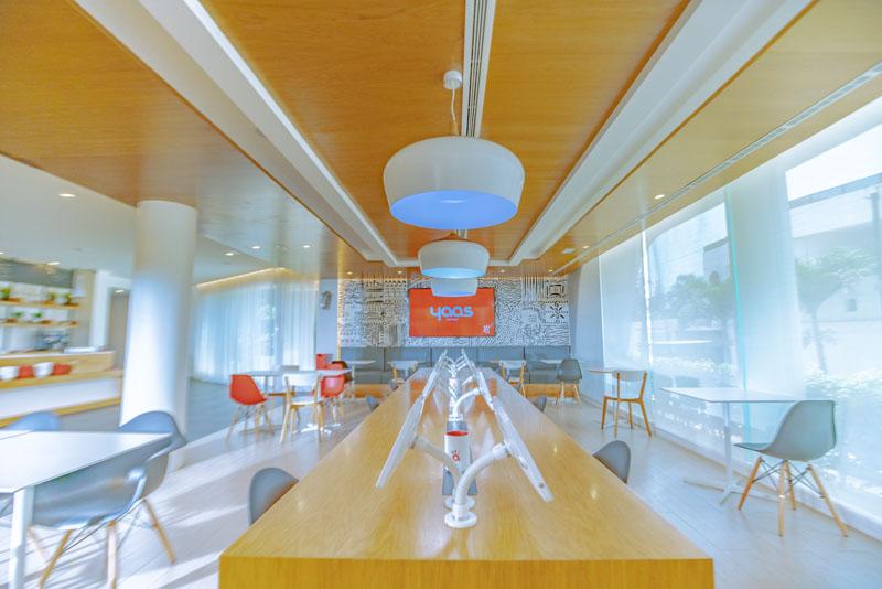 Networking table at Yaas Hotel Almadies Dakar