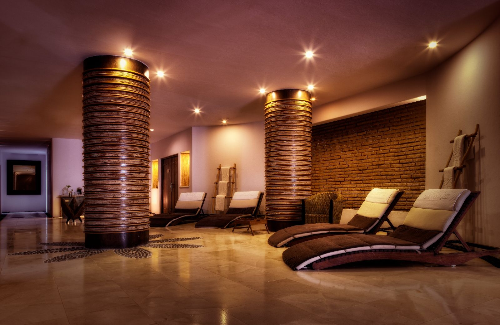 Indoor relaxation area with loungers