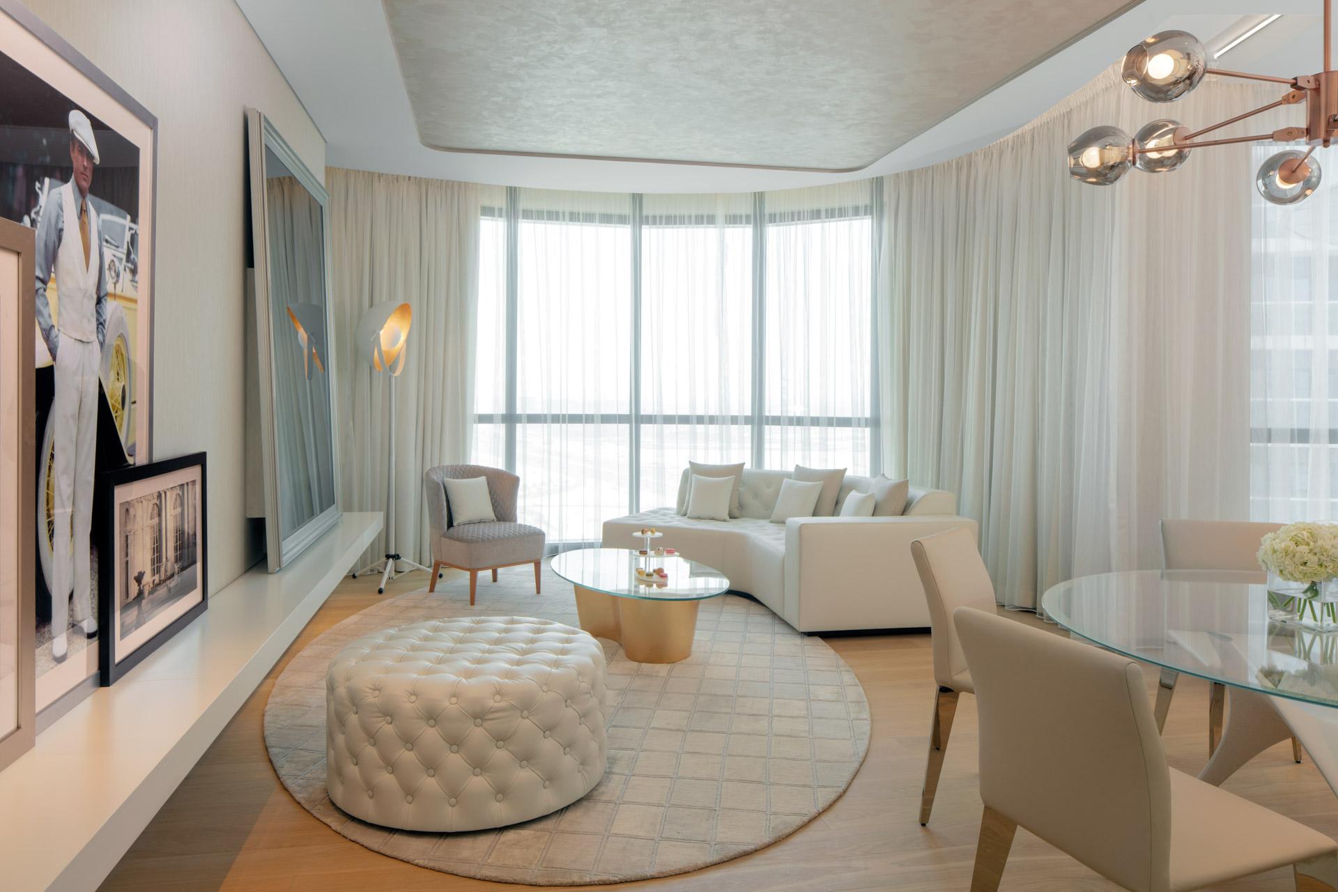 Charleston Suite