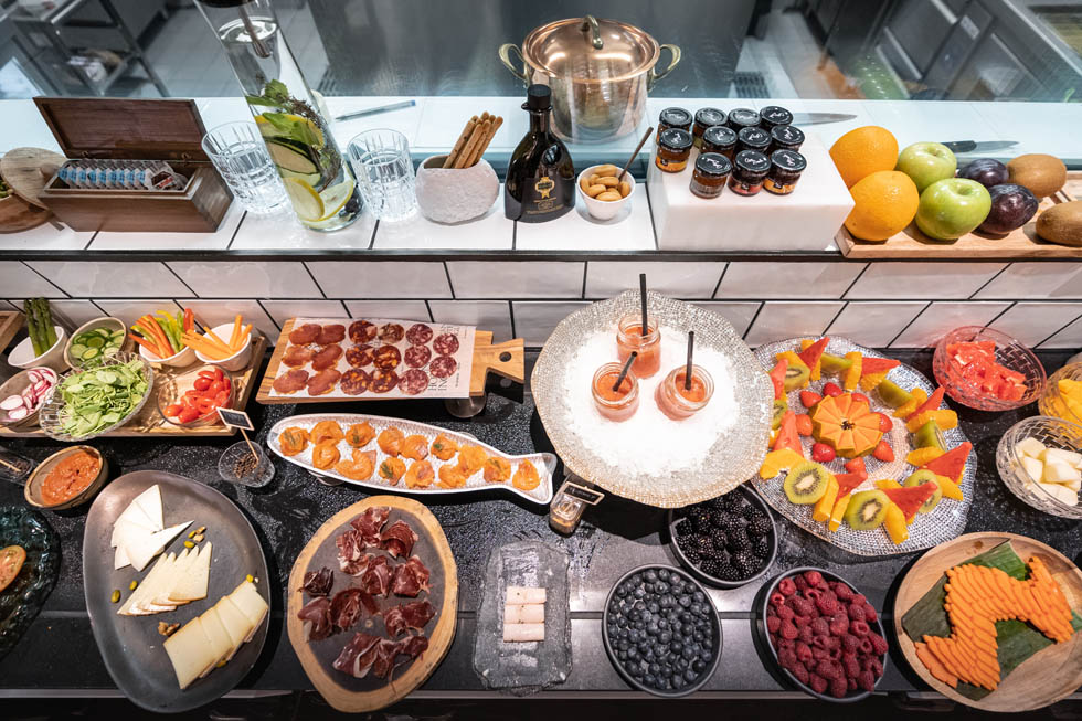 Buffet breakfast at Gran Hotel Inglés in Madrid