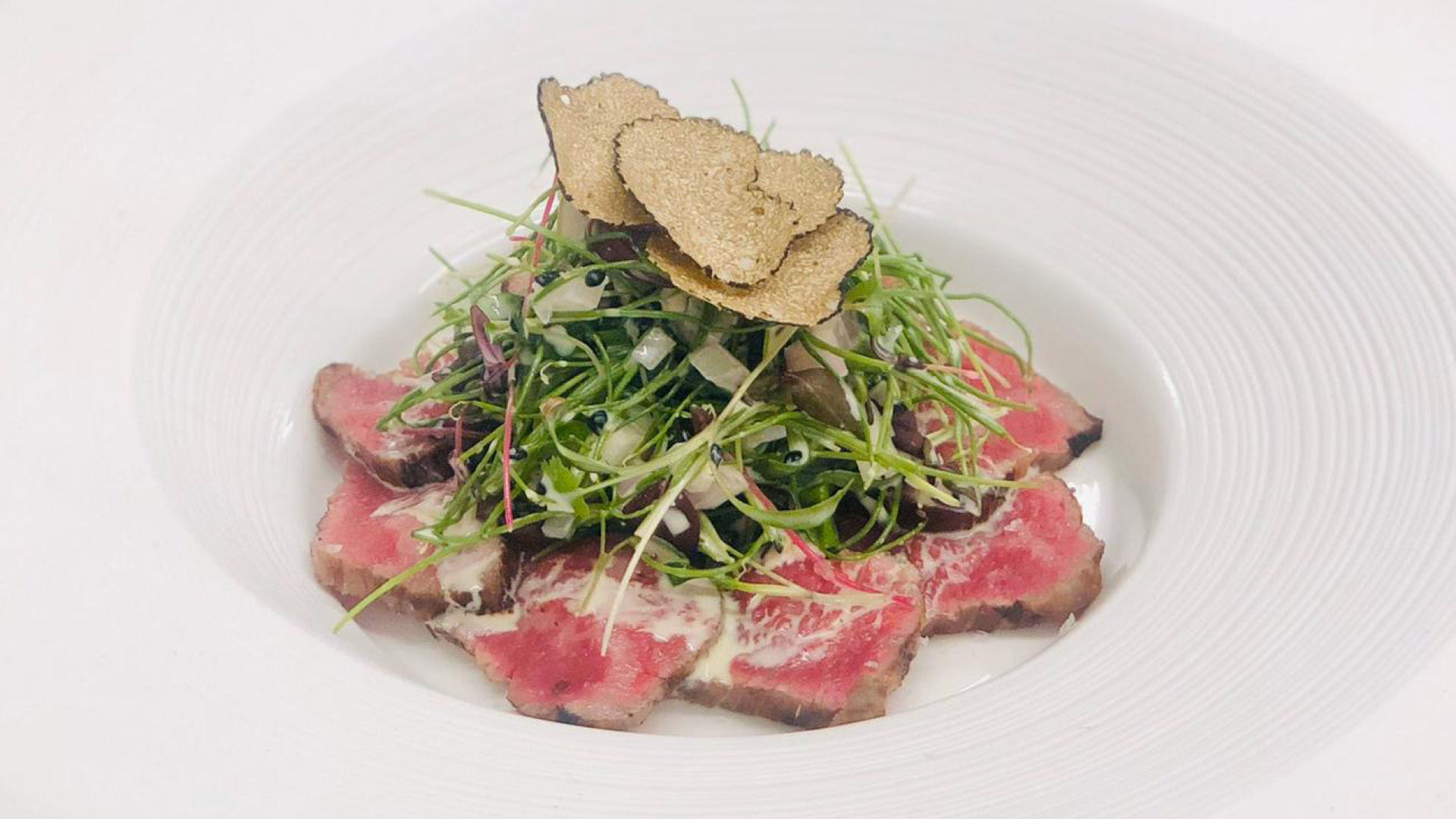 carpaccio with truffles at The Londoner