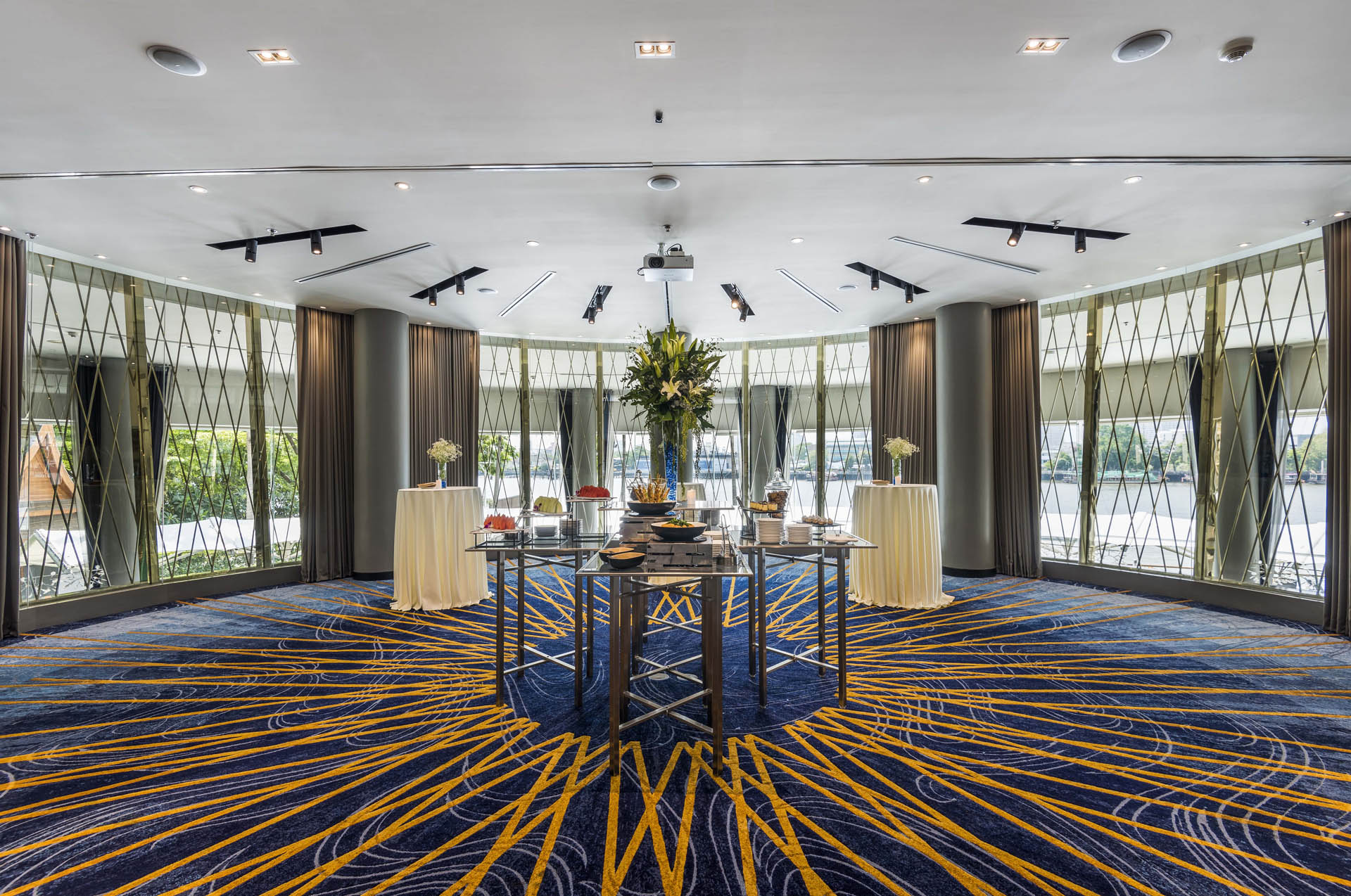 Chatrium Hotel Riverside Bangkok The Curve Meeting and Event Ven