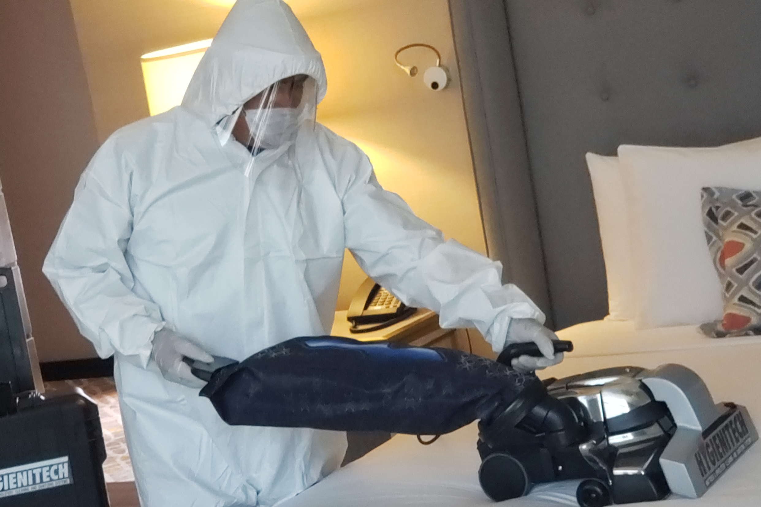Cleaning Service at Marquis Reforma