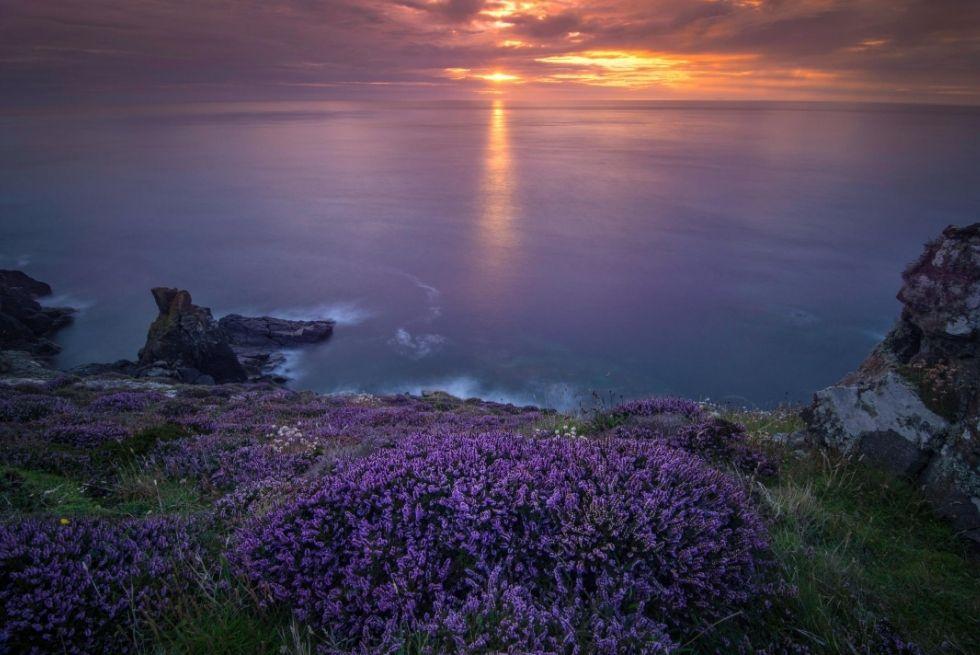 Cornish sunset over the sea