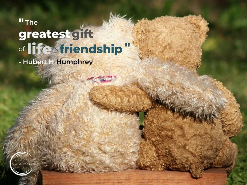 the greatest gift of life is friendship quote