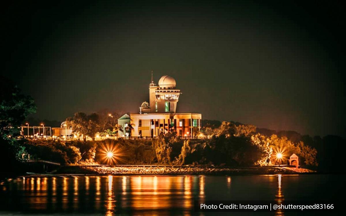 Teluk Kemang Observatory night scene