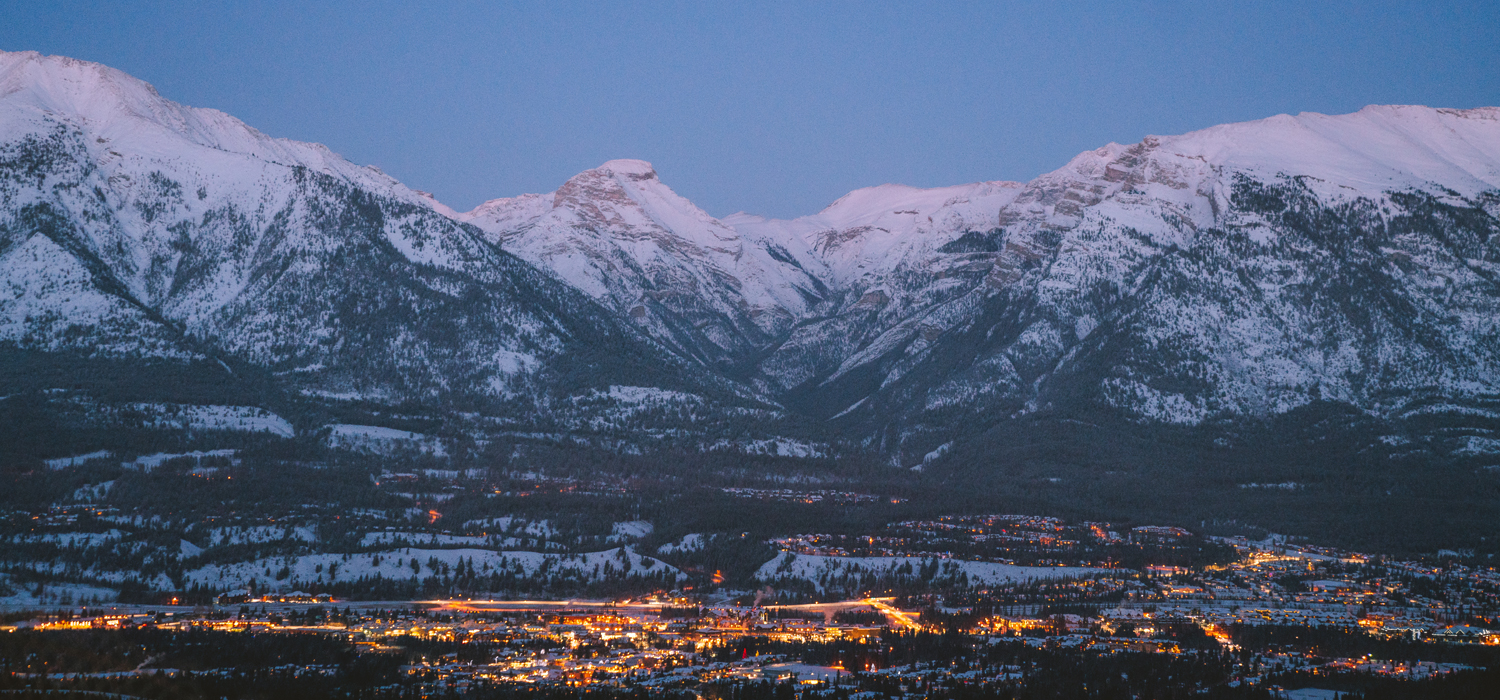 canmore skyline at night