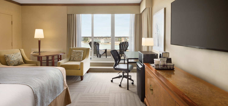 Coast Victoria Hotel room