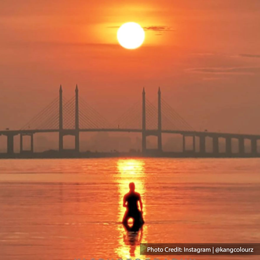 A sunset view shot over the Penang bridge