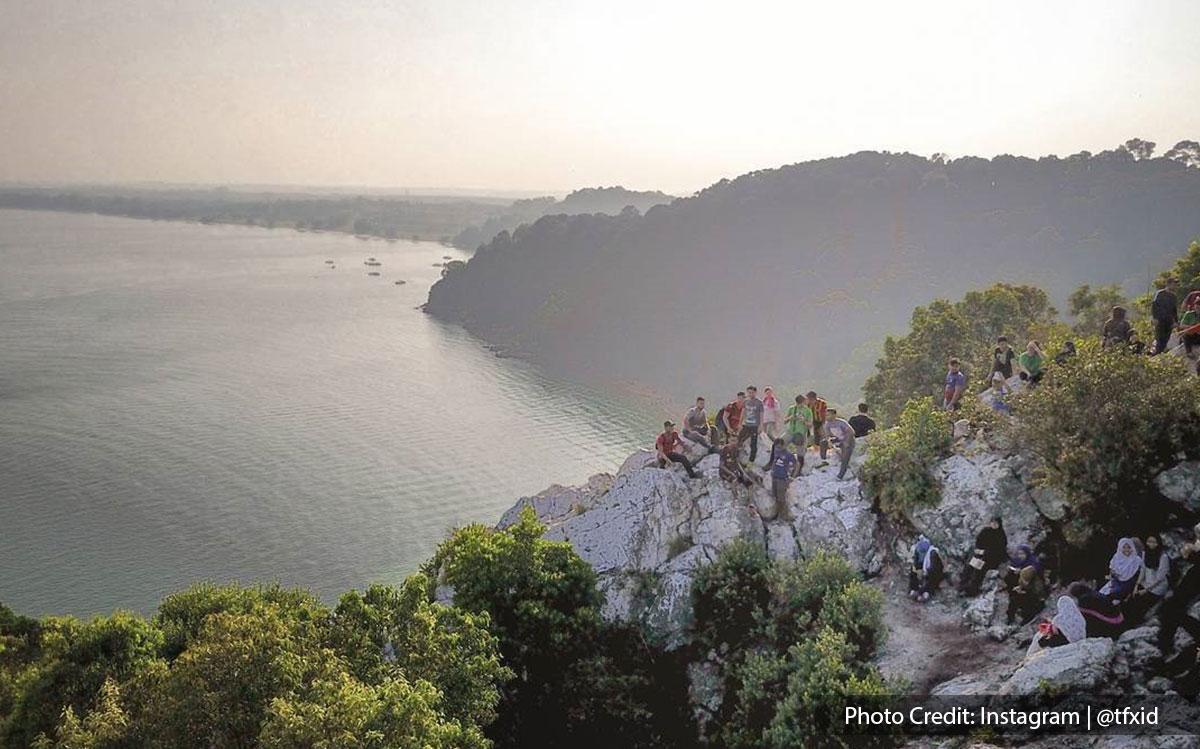 seaview of bukit batu putih of tanjung tuan port dickson