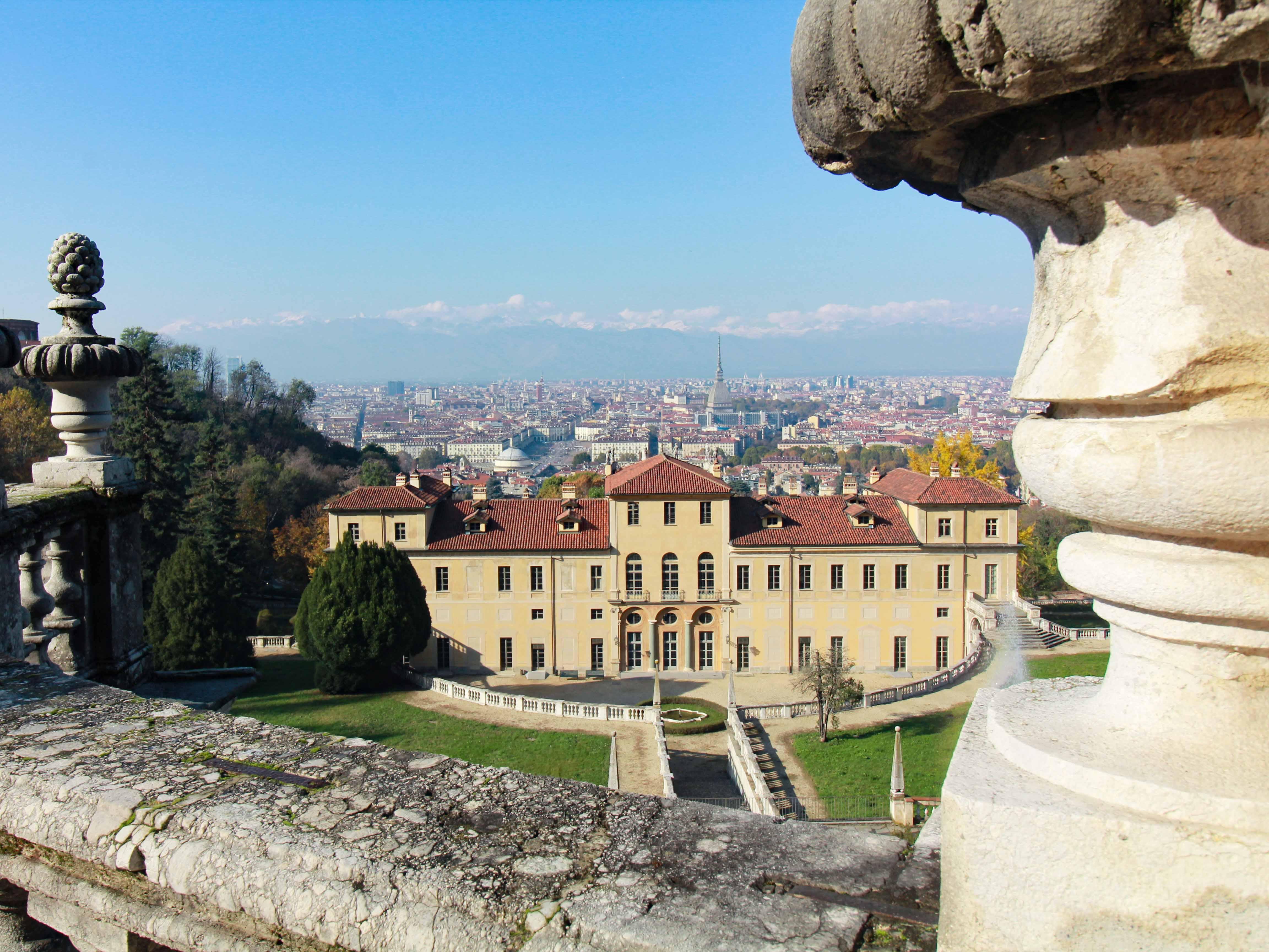Le Residenze Sabaude di Torino, Villa della Regina