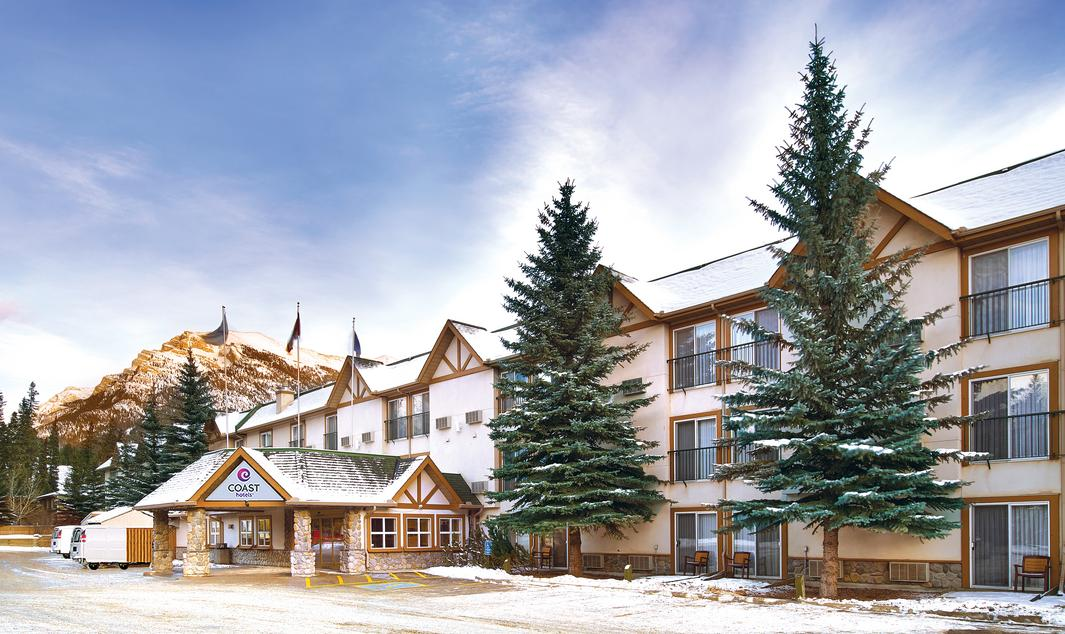 Coast Canmore Hotel & Conference Centre - Exterior
