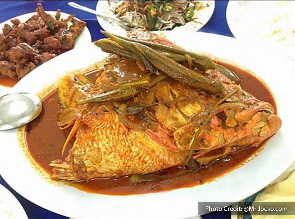 Famous Fish Head Curry from Restoran Deen Berjaya, halal restaurant near to Lexis Hibiscus Resort