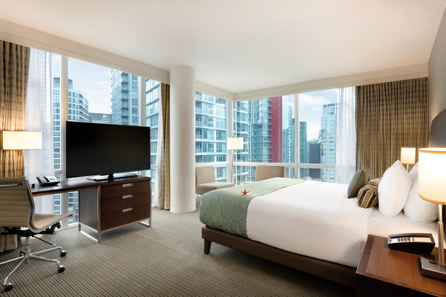 Coast Coal Harbour Hotel guest room