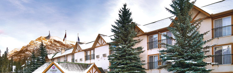 Coast Canmore Hotel Exterior Snow