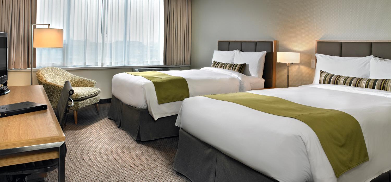 coast chilliwack hotel room