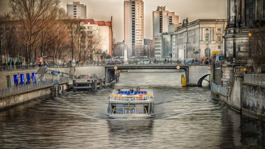 boat trip Spree and Museum Island