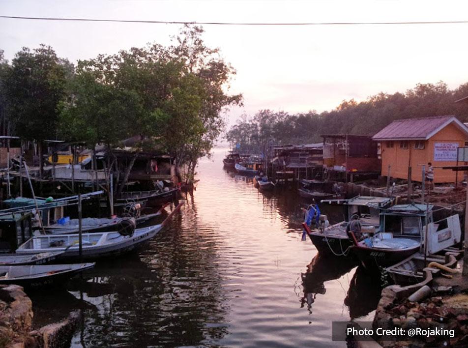 Sunset riverbank view at Restoran Soon Huat, Port Dickson
