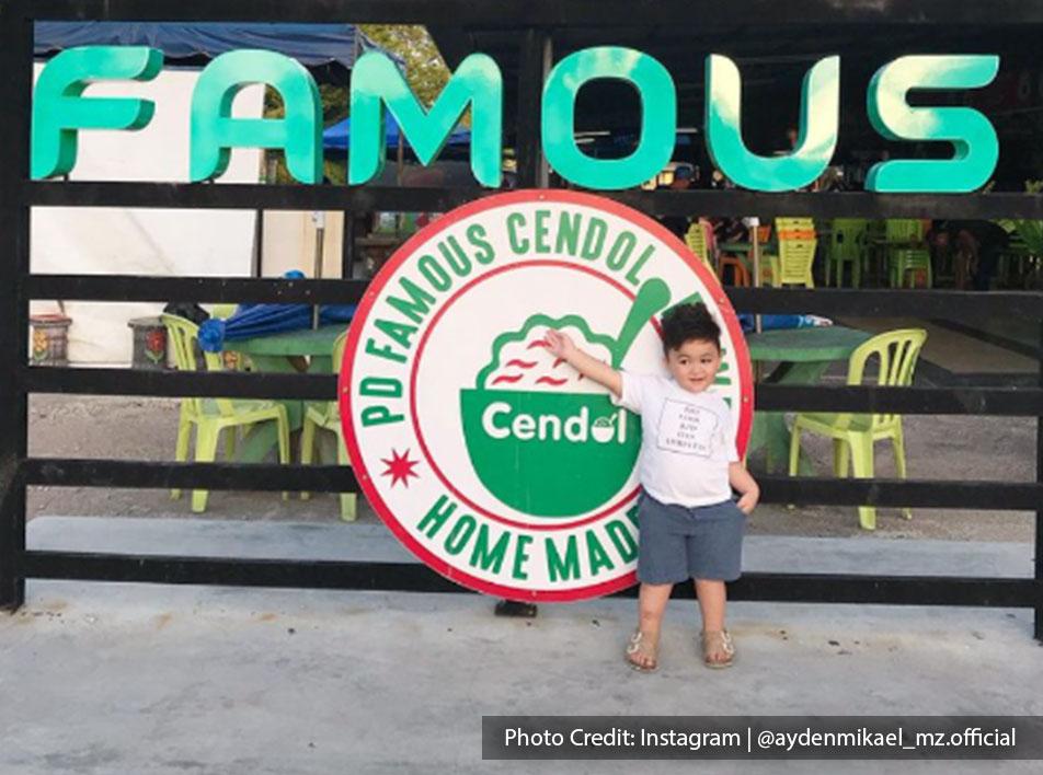 Malaysia port dickson local food famous cendol coconut shake storefront
