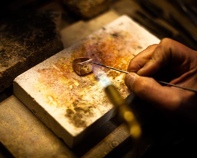Goldsmiths' ateliers and workshops – The Alessandro Dari Museum – Via di S. Niccolò, 115R