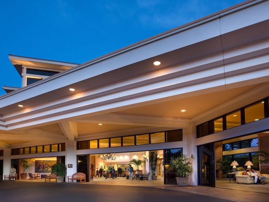 Exterior view of the entrance at Paramount Hotel Portland